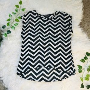 Nordstrom black and white top